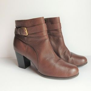 Grand os Cole Haan Boots Womens Sz 8.5 B Booties B